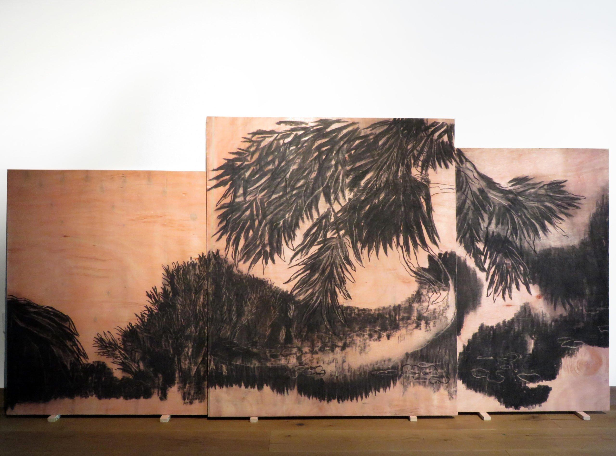 1.Delphine Gigoux Martin, Les bois brûlés, 2019, fusain et gomme sur bois, ensemble 250 x120 cm 2
