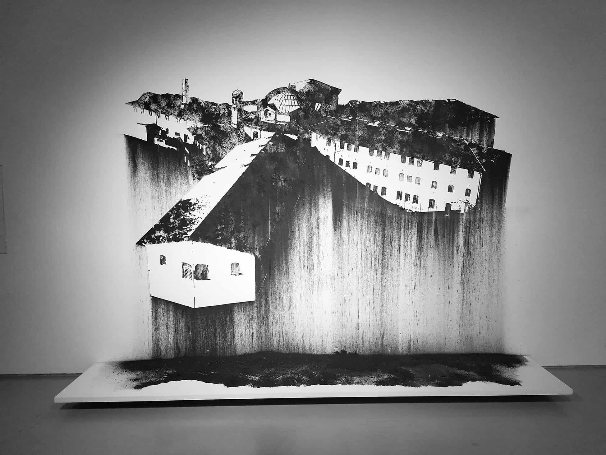 Nicolas Daubanes Prison Saint-Michel, Toulouse Dessin mural à la poudre d'acier aimantée, 200 x 280 cm, 2019,.site